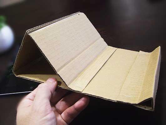 ダンボール元【おしゃれ!!】自作iPadスタンドの作り方《費用150円!》